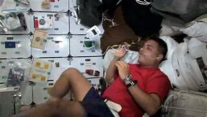 Astronauts use iPods in Space Shuttle, NASA Approved ...