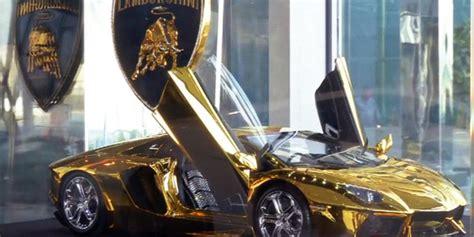 gold lamborghini with diamonds gold plated encrusted lamborghini up for auction