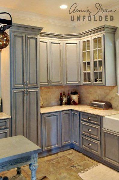 ideas  spray paint cabinets  pinterest