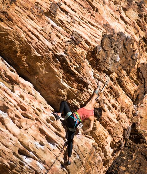 Discover About The Best Places For Rock Climbing India