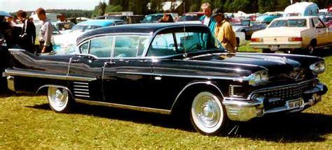 File:Cadillac De Ville 1958.jpg - Wikimedia Commons