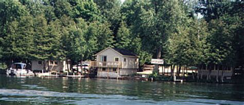 Clear Lake Ontario Cottage Rentals by Clear Lake Cottages