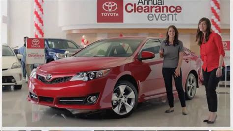 Toyota Camry Commercial Girl Singing