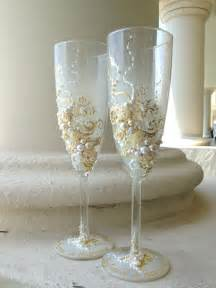 wedding chagne glasses in ivory and white wedding toasting - Wedding Glasses