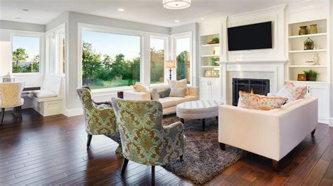 staging  home helps  sell  faster  average