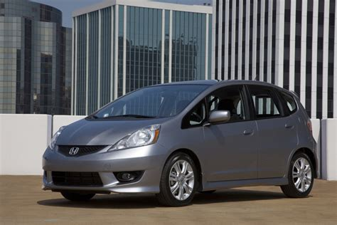 honda issues recall     fit vehicles