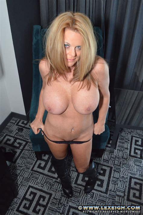 Lovely MILF Lexeigh Flaunt Her Tight Naked Body MILF Fox
