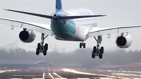 vluchten schiphol vertraagd door harde wind rtl nieuws