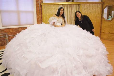 Biggest poofy dress EVER! by parachutedresses on DeviantArt