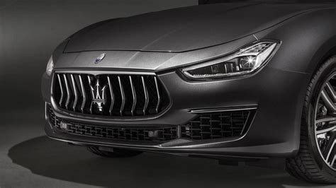 maserati ghibli grill maserati ghibli the absolute opposite of ordinary