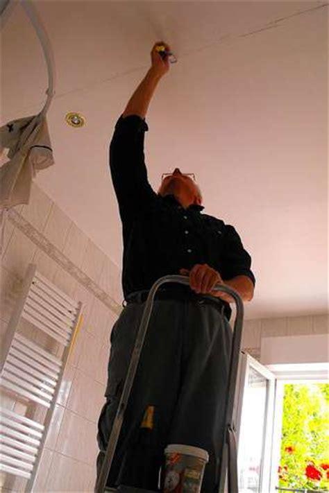 comment poncer un plafond