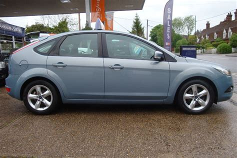 avalon blue ford focus  sale essex
