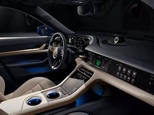 2020 Tesla Model S Performance Interior - រូបភាពប្លុក | Images