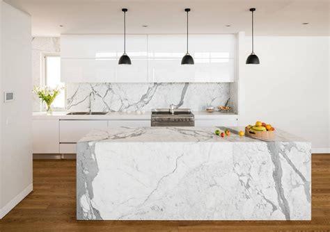 marbre cuisine plan de travail marbre blanc obasinc com