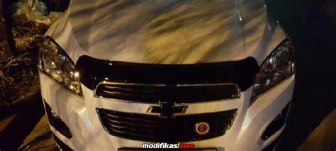 Modifikasi Chevrolet Trax by Chevrolet Trax Putih Modif Kecil2an