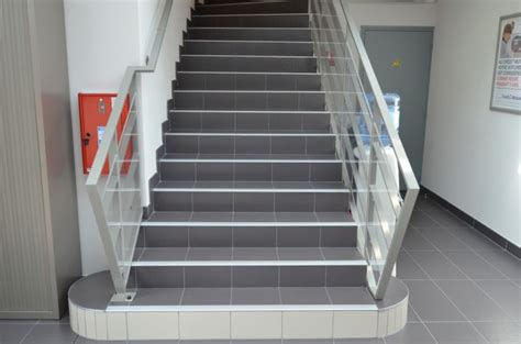 escalier carrelage norm 233 pmr orl 233 ans loiret 45