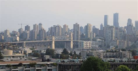 Whether it's smoke from nearby forest fires or general pollutants from cars, you can get a good read on the outdoor air quality in vancouver and retreat when. Air Quality Advisory for Metro Vancouver continues Thursday   Daily Hive Vancouver