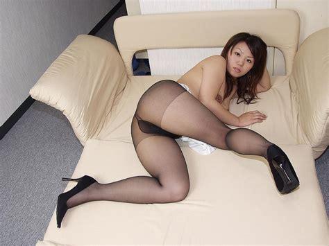 Japanese Pantyhose Fetish 03