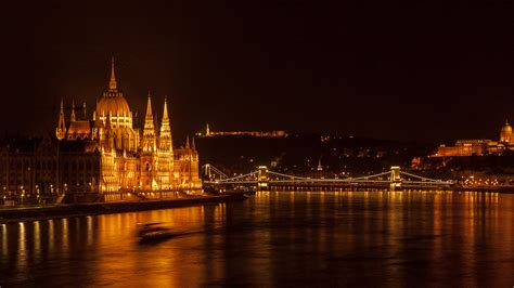 30 Budapest Hd Wallpapers Backgrounds Wallpaper Abyss