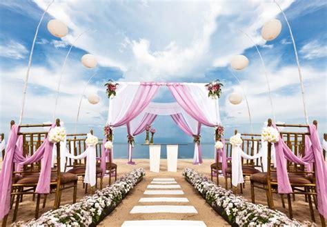 dekorasi pernikahan outdoor  pantai  royal wedding
