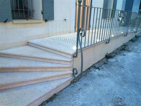 escalier en naturelle cr 233 ation de piliers de portail pas cher en naturelles meyreuil d 233 coration proven 231 ale