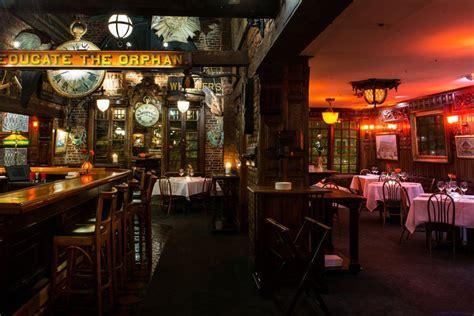 deco lounge bar restaurant top council oak and seminole rock hotel and casino