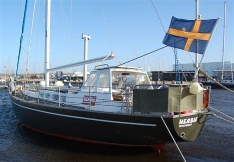 Boat Manufacturers To Stay Away From by 1985 Steelboat Herbie Boats Yachts For Sale