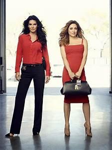 I Like to Watch TV: Rizzoli & Isles: Angie Harmon & Sasha ...