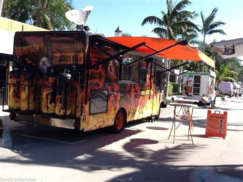 bbq mobile concession food truck smoker barbecue teams