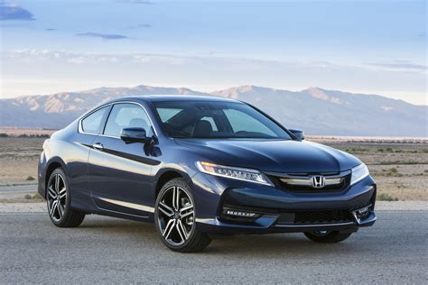 2016 Honda Accord Coupe Facelift Holds Both Visual And