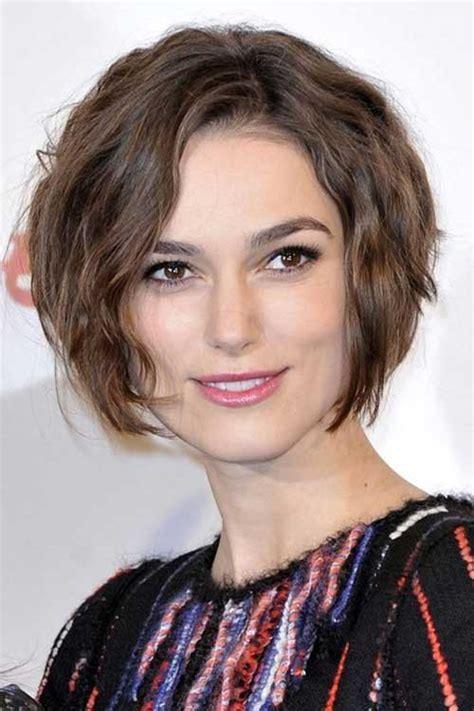beautiful short wavy hairstyles  women  wow style