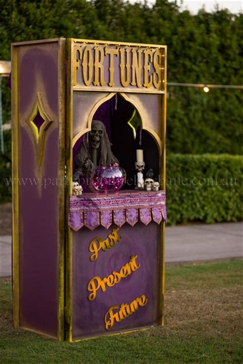 carnivalcircus party prop hire