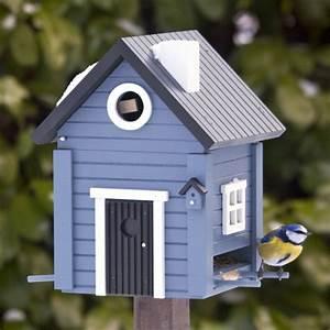 Schwedenhaus blau wildlife garden vogel und for Katzennetz balkon mit wildlife garden futterhaus