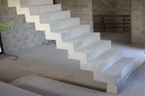 coffrage escalier beton droit scal in pour un particulier dans le gard 30