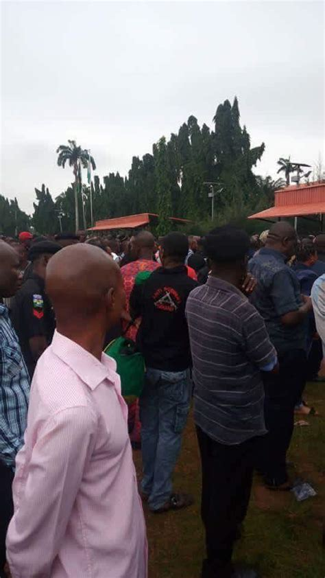Breaking News !!! Apc Imports Thugs In Brt Buses From