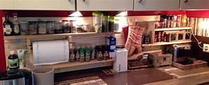 Plan De Travail En Palette : meuble salle de bain avec plan de travail 7 planches de palette en bois en guise d233tag232re ~ Melissatoandfro.com Idées de Décoration