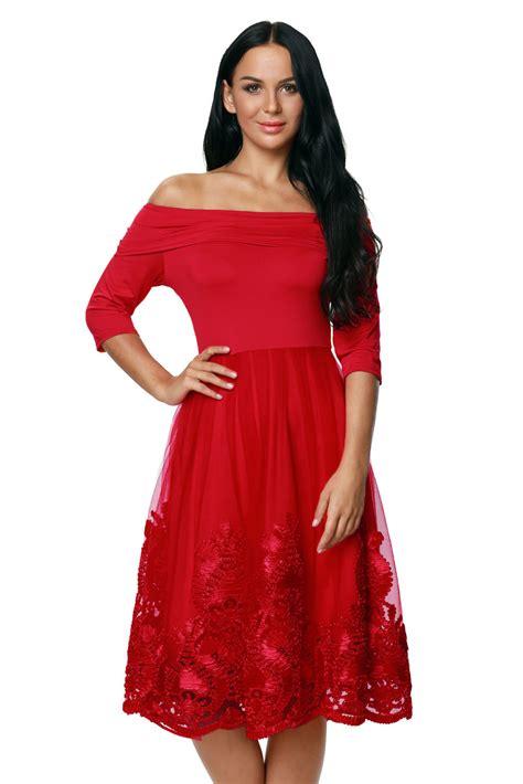 sukienka bombka rozkloszowana koronkowa odkryte ramiona czerwona sukienki w mohho pl