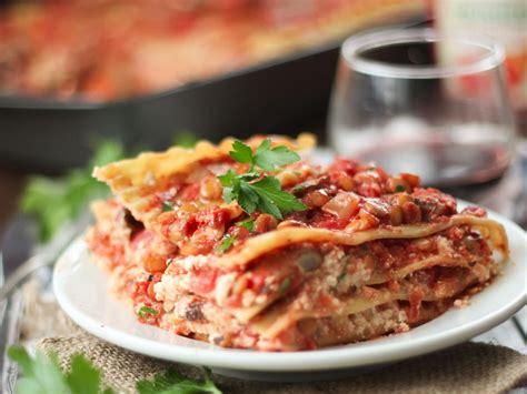 vegan mushroom lentil lasagna connoisseurus veg