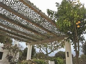Filet Camouflage Pour Terrasse : pergolas abris de jardin pour se prot ger du soleil en ~ Dailycaller-alerts.com Idées de Décoration