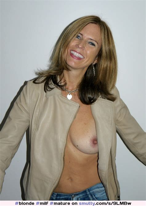 blonde milf mature sexysmile sexycute onetitout