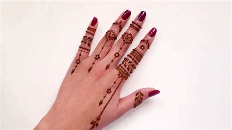 Casual Everyday Finger Henna Tattoo Design
