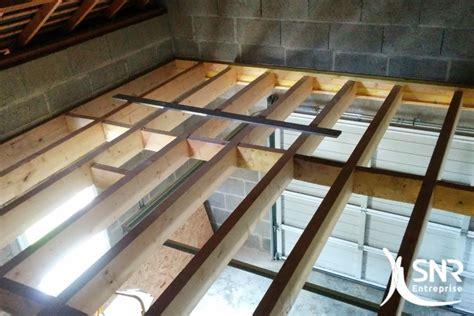 construire un bureau en bois aménagement de combles rennes adapter votre plancher