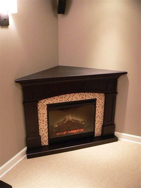 「コーナー電気暖炉」のおすすめアイデア 25 件以上  Pinterest クリップボードの壁、テレビが掛かっ