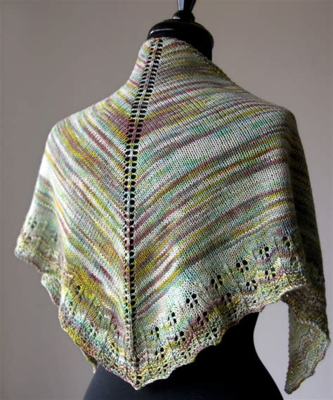 Free Knitting Pattern Oaklet Shawl  Tricksy Knitter By