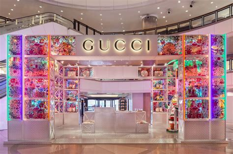 guccis  pop  store debuts  harbour city tatler hong kong
