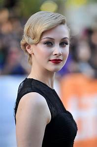 Sarah Gadon HD Wallpapers for desktop download