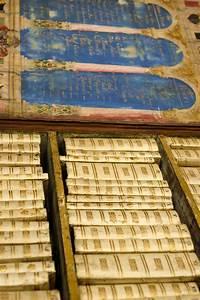 Une Biblioth U00e8que Miniature Portative Du Xvii U00e8me