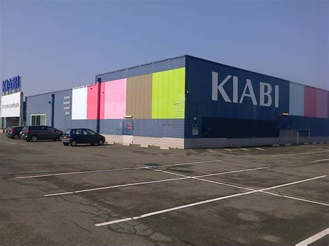 file magasin kiabi plaisir jpg wikimedia commons