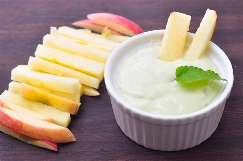 Cream Cheese Marshmallow Fruit Dip