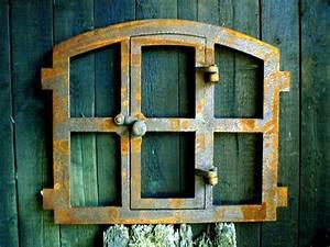 Glasscheiben Für Zimmertüren : eisenfenster mit t r antik l ndlich zum ffnen stallfenster f r gartenmauer eisenfenster ~ Sanjose-hotels-ca.com Haus und Dekorationen